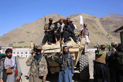 Los talibanes y el NRF se atribuyen la victoria en…