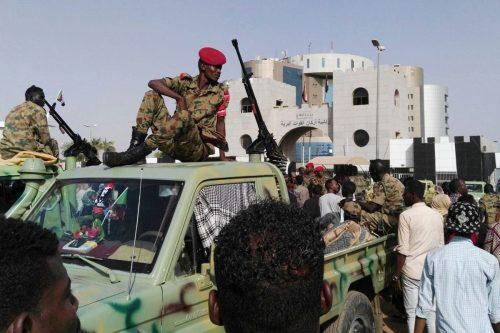 Sudán detiene a 21 oficiales tras un intento de golpe…