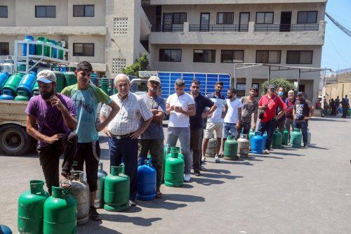 El Líbano vuelve a subir el precio de la gasolina