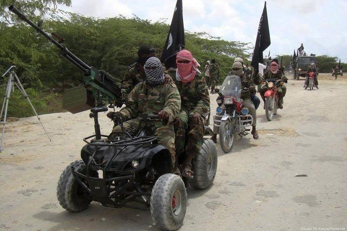 Militantes do Al-Shabaab [Citizen TV Kenya/Facebook]