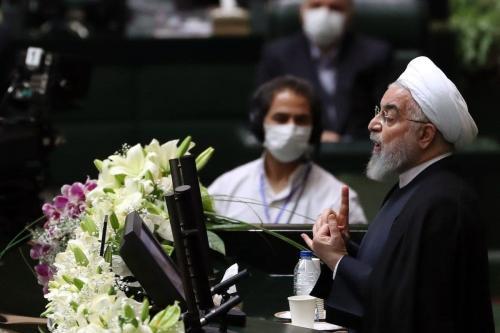 Presidente do Irã Hassan Rouhani durante a primeira sessão oficial da 11ª rodada do parlamento iraniano, em Teerã, Irã, em 27 de maio de 2020. [Fatemeh Bahrami - Agência Anadolu]