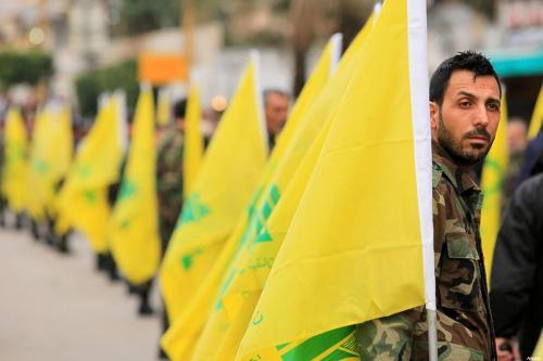 Tropas do Hezbollah, em 15 de abril de 2016 [Agência Anadolu]