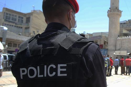 Policial jordaniano em Amã, capital da Jordânia, 5 de junho de 2020 [Jordan Pix/Getty Images]