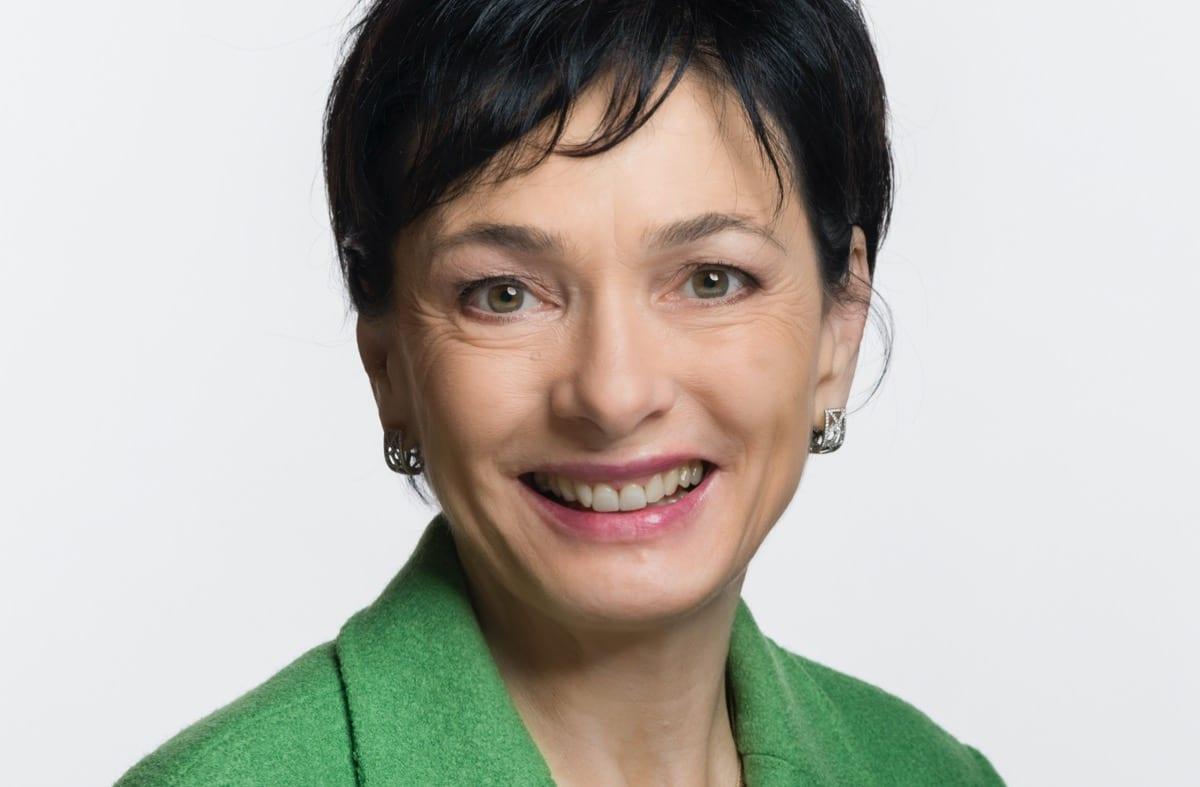 Marianne Binder-Keller, política do Partido Popular Democrata Cristão, da Suíça [Wikimedia/Parlamento da Suíça]