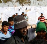 Guarda costeira da Líbia apreende 55 refugiados no Mediterrâneo