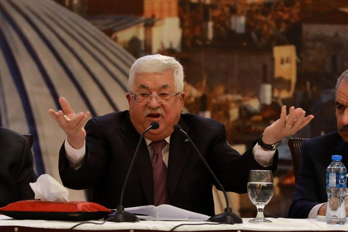 Presidente da Autoridade Palestina Mahmoud Abbas realiza coletiva sobre o chamado 'acordo de paz' de Trump, em Ramallah, Cisjordânia, 28 de janeiro de 2020 [Issam Rimawi/Agência Anadolu]