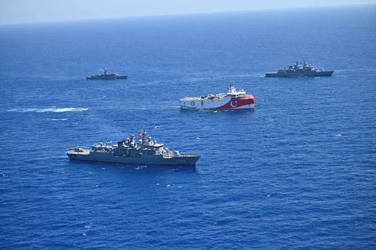 Marinha turca é vista no Mediterrâneo Oriental em 20 de agosto de 2020 [Ministério da Defesa Nacional da Turquia / Anadolu Agência]
