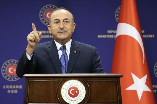 Ministro de Relações Exteriores da Turquia Mevlut Cavusoglu em Ancara, Turquia, 25 de agosto de 2020 [Fatih Aktas/Agência Anadolu]