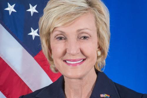Embaixadora dos EUA na África do Sul Lana Marks [Wikipedia]