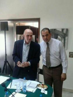 Hanafi acompanhado pelo ex-relator da ONU sobre direitos humanos nos territórios palestinos ocupados em 2013 [Foto de Arquivo]