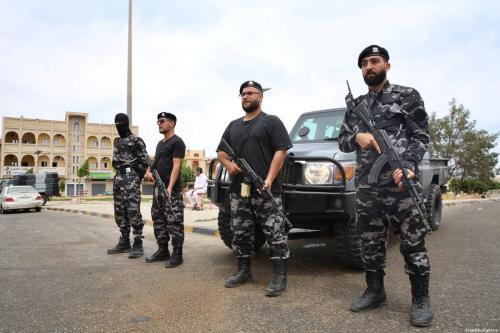 Forças de segurança da Líbia em guarda, 11 de junho de 2020 [Hazem Turkia/Agência Anadolu]