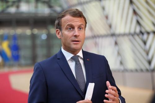 Presidente francês Emmanuel Macron em Bruxelas, Bélgica em 17 de julho de 2020 Dursun Aydemir /[Agência Anadolu]