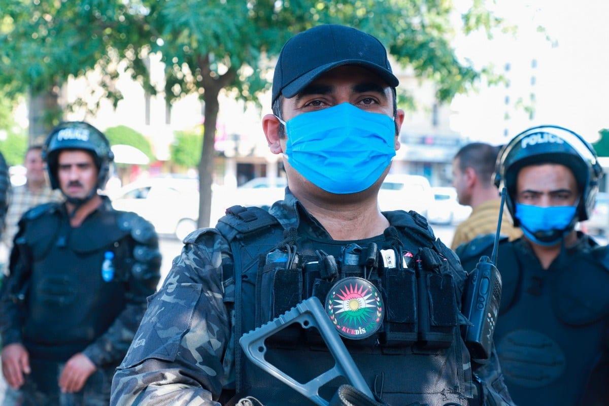 Polícia de choque curda na cidade de Sulaymaniyah, região autônoma do Curdistão, no norte do Iraque, 18 de junho de 2020 [Shwan Mohammed/AFP/Getty Images]