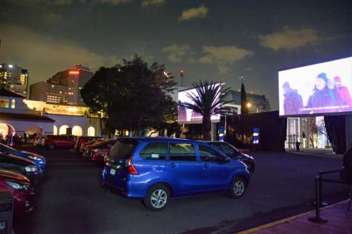 Empresa mexicana deve abrir 200 cinemas na Arábia Saudita