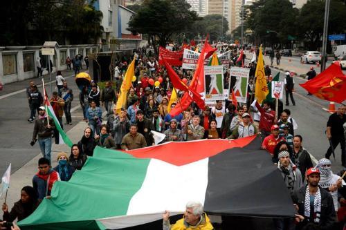Ato em solidariedade ao povo palestino. São Paulo/ Brasil [Foto Lina Bakr]