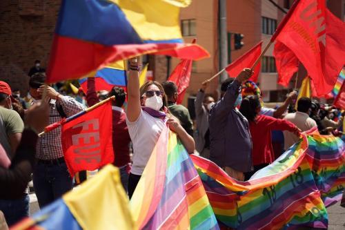 Manifestantes saem às ruas do Equador em apoio ao candidato indígena Yaku Perez [ Foto reprodução Twitter]
