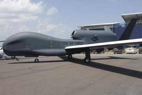 Drone de vigilância RQ-4A Global Hawk da Força Aérea dos Estados Unidos, na Califórnia, 19 de dezembro de 2016 [Força Aérea dos Estados Unidos]