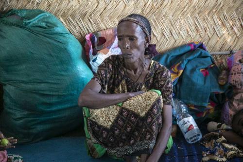 Etíopes, que fugiram do conflito na região de Tigray, são vistos em um campo de refugiados no Sudão 14 de dezembro 2020 [Mahmoud Hjaj / Agência Anadolu]