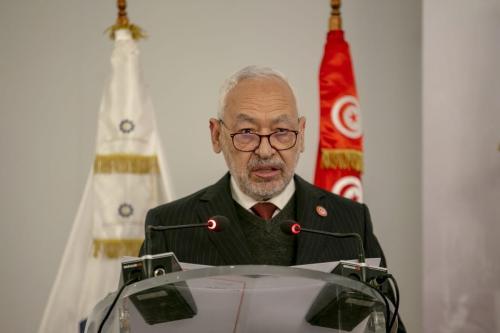 Rached Ghannouchi, presidente do parlamento tunisino e chefe do Movimento Ennahda, fala durante um painel em Túnis, Tunísia, em 12 de janeiro de 2021. [Yassine Gaidi/Agência Anadolu]