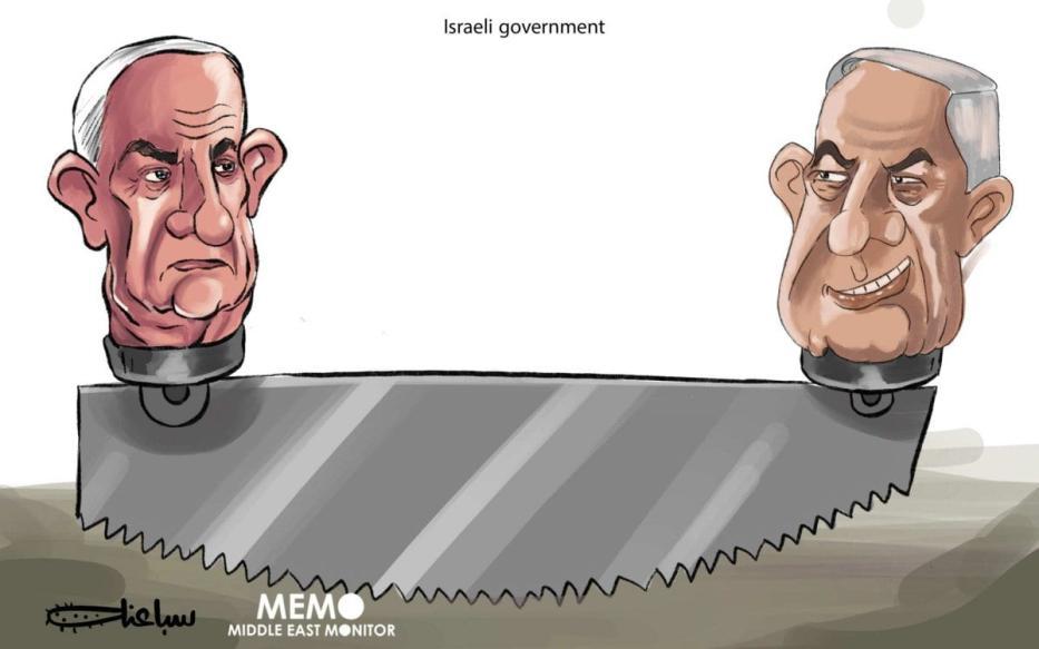 Gantz e Netanyahu: aguardando as consequências da formação do governo israelense. [Sabaaneh/Monitor do Oriente Médio]