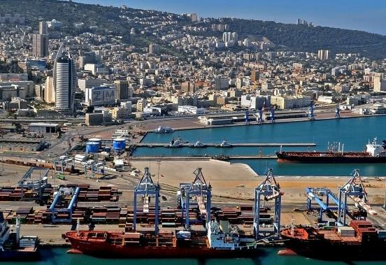 Porto de Haifa (wikimedia)