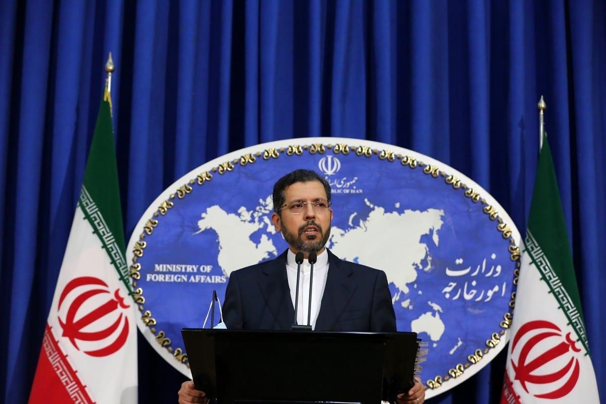O porta-voz do Ministério das Relações Exteriores iraniano, Saeed Khatibzadeh, em Teerã, Irã, em 5 de outubro de 2020 [Fatemeh Bahrami/Agência Anadolu]