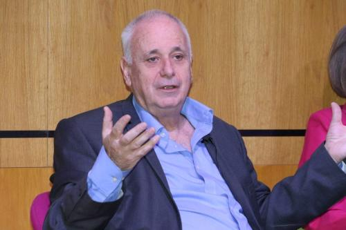 Professor Ilan Pappé durante a conferência '25 anos de Oslo', realizada pelo MEMO, em Londres, 29 de setembro de 2018 [Jehan Alfarra/Monitor do Oriente Médio]