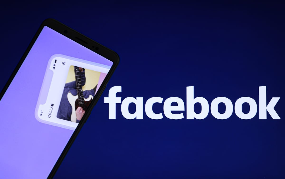 Uma tela de computador exibindo o ícone do Facebook, em 22 de dezembro de 2020 [Esra Hacioğlu/Agência Anadolu]