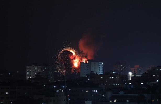 Ataques aéreos de Israel contra a Faixa de Gaza[Mustafa Hassona/