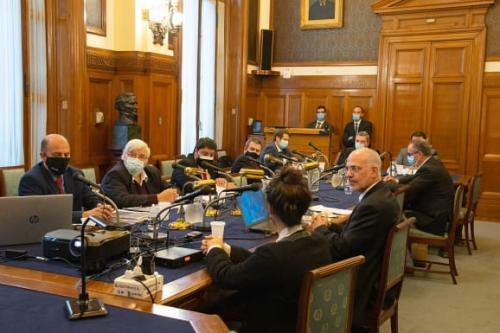 O embaixador de Israel no Uruguai é ouvido por parlamentares da Comissão de Relações Exteriores [Parlamento do Uruguai]