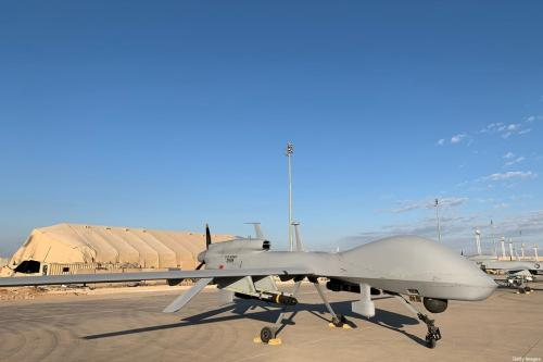 Drones do exército dos EUA na base aérea de Ain al-Asad na província de Anbar ocidental [Ayman Henna/ AFP via Getty Imagens]