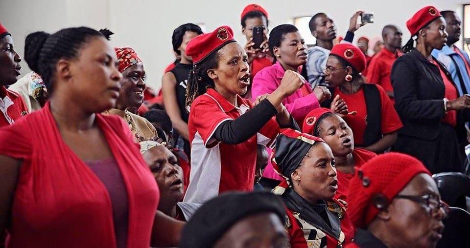Assembleia do movimento Abahlali baseMjondolo, da África do Sul
