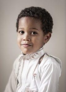 O fotógrafo reuniu a experiência que viveu em 10 anos nas comunidades de imigrantes árabes e africanos muçulmanos [Foto Marcelo Schellini]