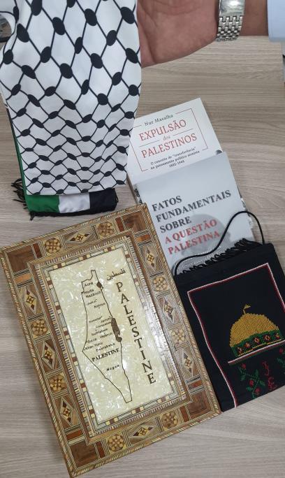 "Nur Masalla, ""A expulsão dos palestinos – O conceito de 'transferência' no pensamento político sionista (1882-1948)"""