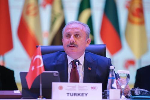 Presidente do Parlamento da Turquia Mustafa Sentop em Antalya, 25 de março de 2021 [Orhan Çiçek/Agência Anadolu]