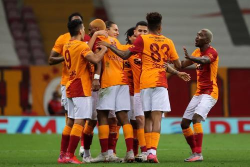 Jogadores do Galatasaray em Istambul, Turquia, 8 de maio de 2021 [BSR/Getty Images]