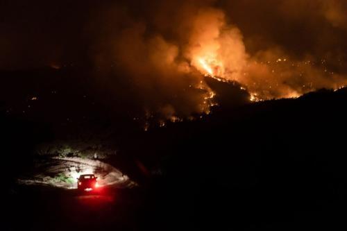 Incêndio florestal perto da aldeia de Vavatsinia, no distrito de Larnaca, Chipre, 3 de julho de 2021 [Iakovos Hatzistavrou/AFP via Getty Images]