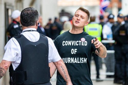 Tommy Robinson, ativista britânico de extrema-direita e fundador da Liga de Defesa Inglesa (EDL), em Londres, Reino Unido, 11 de julho de 2019 [Luke Dray/Getty Images]