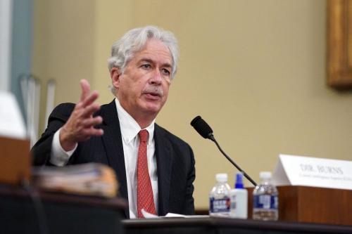 William Burns, diretor da Agência Central de Inteligência dos Estados Unidos (CIA), durante audiência da comissão parlamentar sobre ameaças globais, no Capitólio, em Washington DC, 15 de abril de 2021 [Al Drago/AFP via Getty Images]
