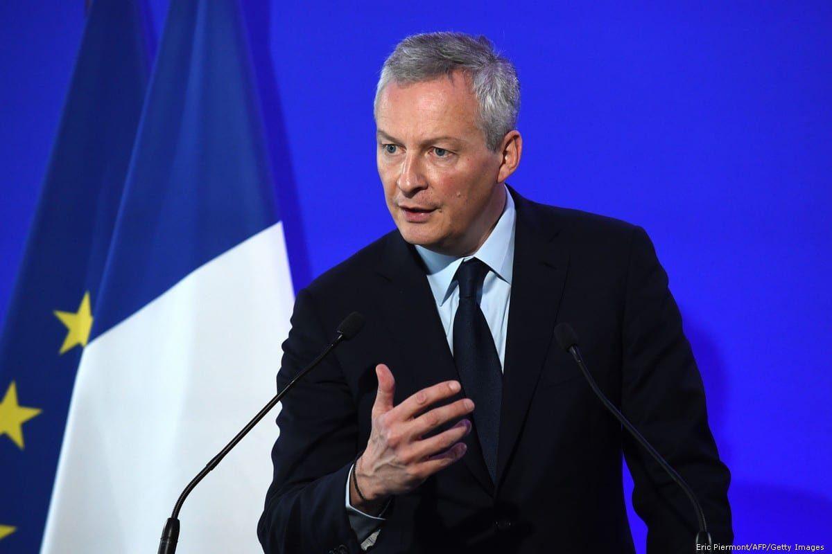 O ministro da Economia e Finanças da França, Bruno Le Maire, fala a jornalistas em Paris, França, em 31 de outubro de 2018 [Eric Piermont/AFP/Getty Images]