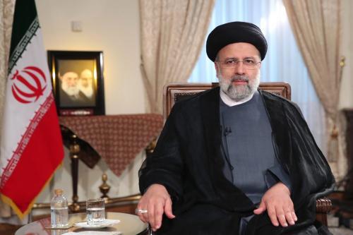 Irã promete retomar negociações nucleares caso levem ao fim das sanções