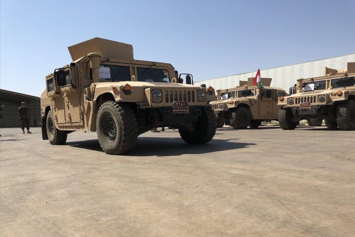 Veículos militares americanos concedidos ao Peshmerga — ramo curdo do exército iraquiano —, na região autônoma de Erbil, norte do Iraque, 8 de setembro de 2021 [Karzan Mohammad/Agência Anadolu]