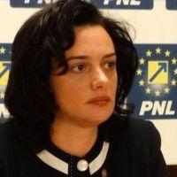 """Angelica Fădor: """"În 6 luni de guvernare PNL s-a făcut mai mult decât în 6 ani de guvernare PSD"""""""