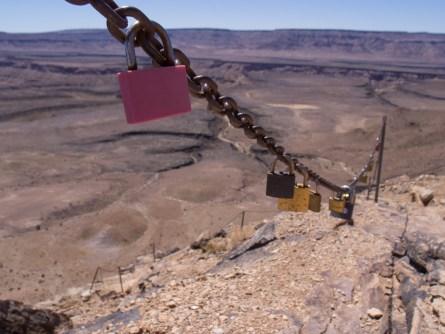 Der Wanderweg in den Canyon hinunter ist zur Zeit wegen der grossen Hitze gesperrt.