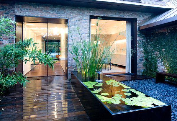 am nager un bassin notre s lection de photos monjardin. Black Bedroom Furniture Sets. Home Design Ideas