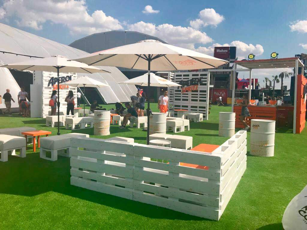 vista stand aperol lateral