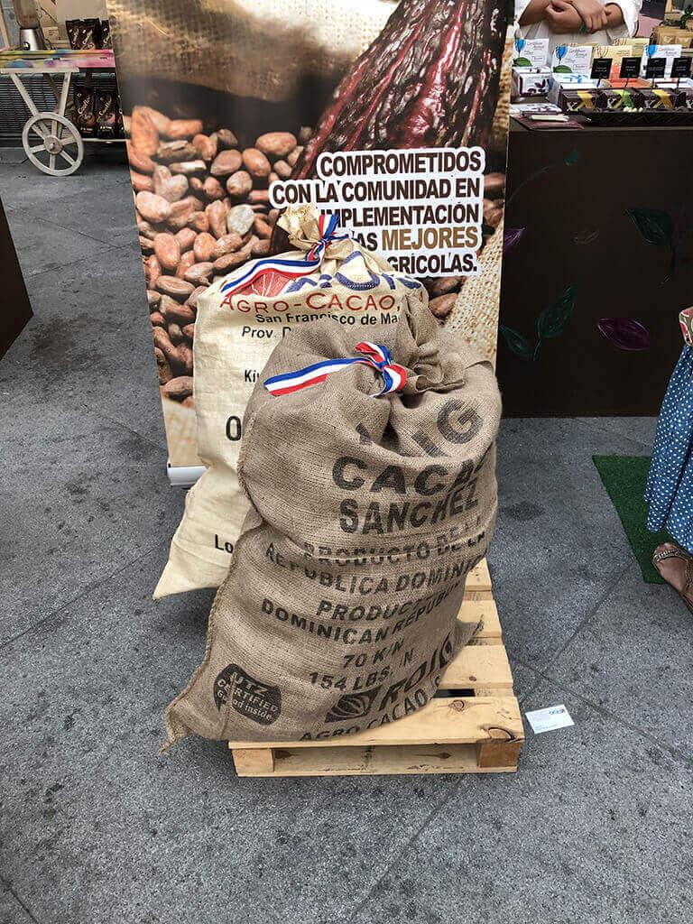 Saco de granos de cacao