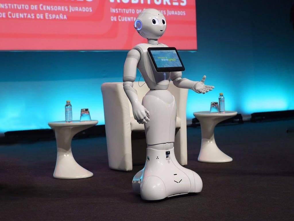 robot nuevas tecnologías congresos de auditores
