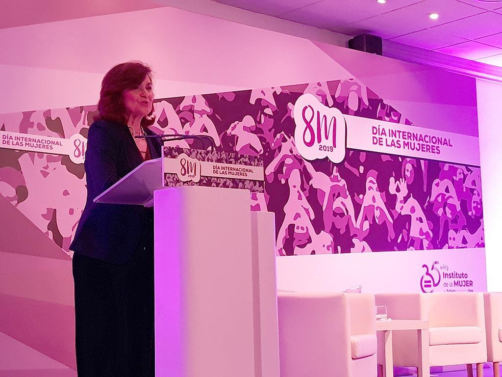 """Carmen Calvo inaugura el Encuentro """"Mujeres y Liderazgo"""""""