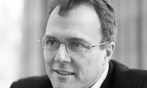 Julian Birkinshaw Headshot